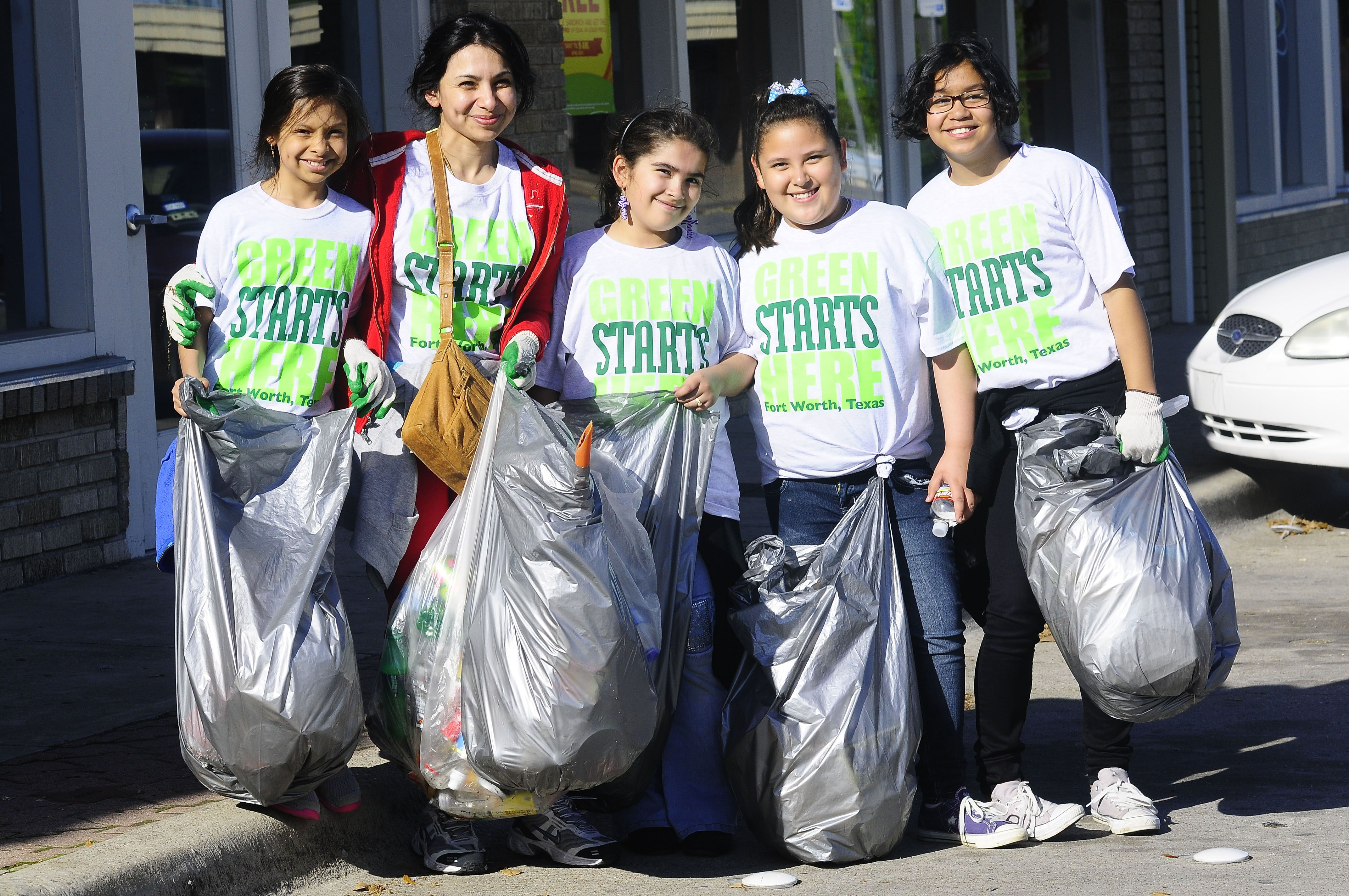 2013-Cowtown-Cleanup