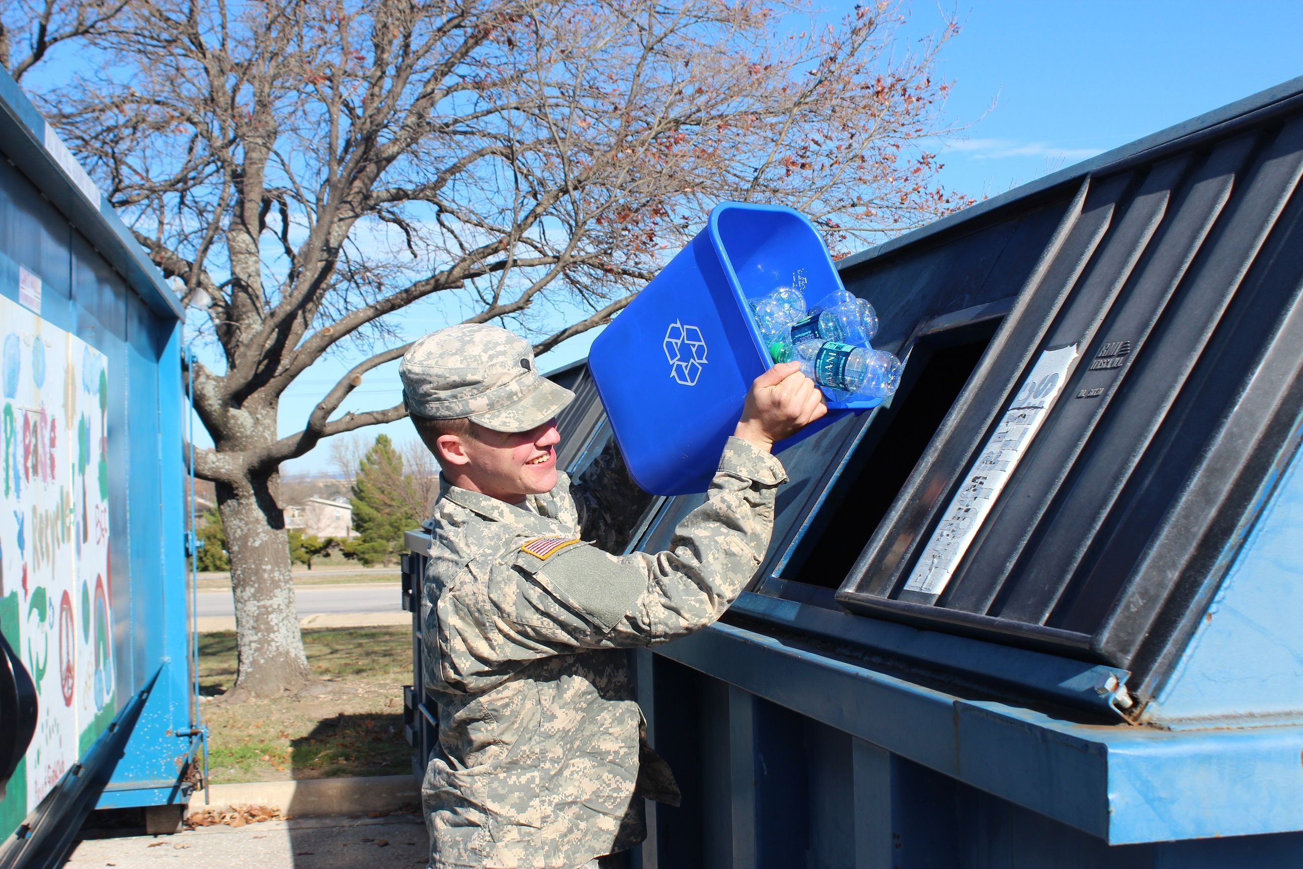 Soldier-Recycling Photo-Credit-Keep-Texas-Beautiful
